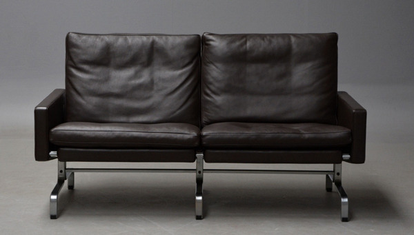 Poul Kjaerholm  2 seater sofa. PK31 Fritz Hansen (4).jpg