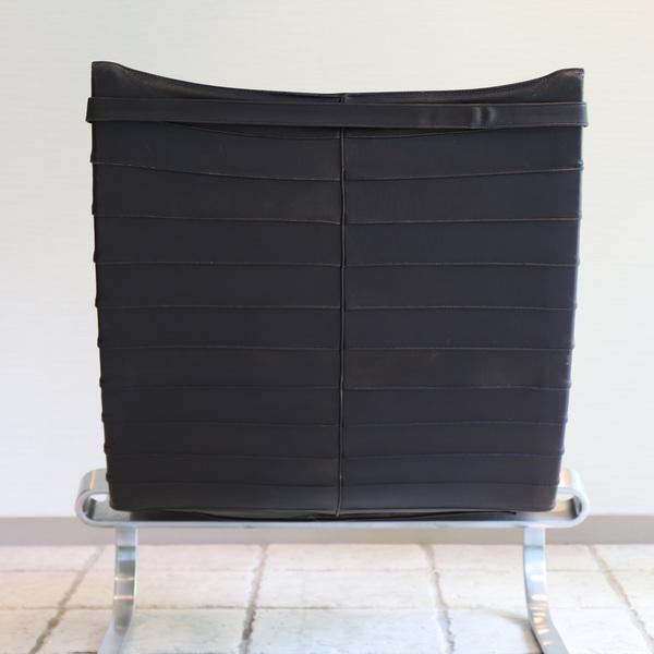 Poul Kjaerholm  Lounge chair. PK20 (7).jpg