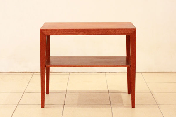 Severin-Hansen-Jr-Side-table-02.jpg