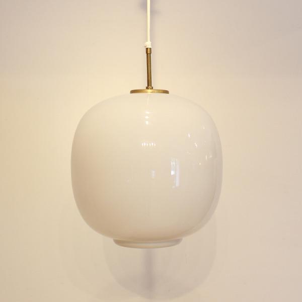 Vilhelm Lauritzen  Pendant Lamp  Louis Poulsen (9).jpg