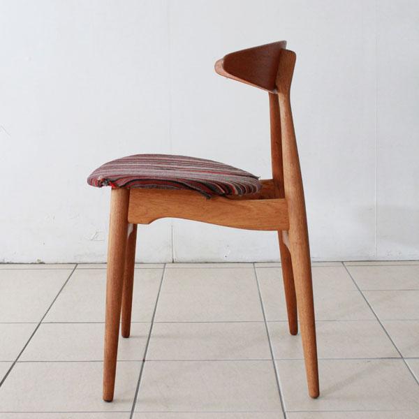 hans j wegner ch33. Black Bedroom Furniture Sets. Home Design Ideas