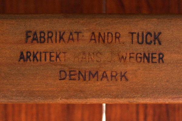 Wegner-Dining-table-AT310-04.jpg
