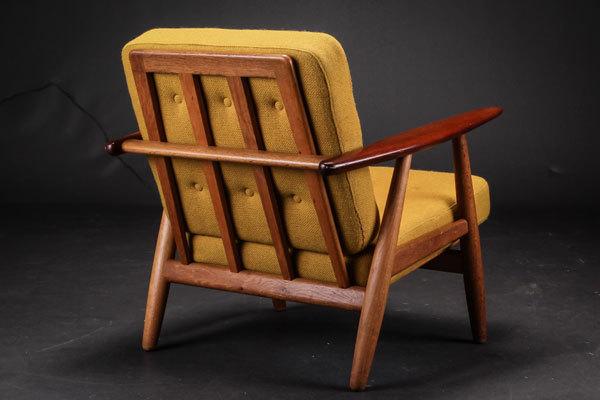 Wegner-Easy-chair-GE240-03.jpg