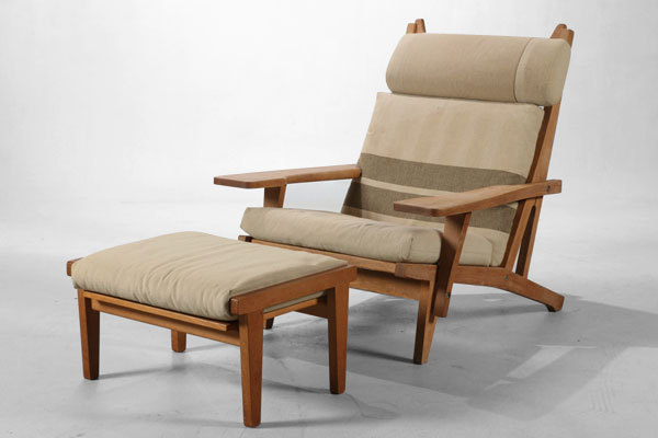 Wegner-Easy-chair-GE375-01-thumbnail2.jpg