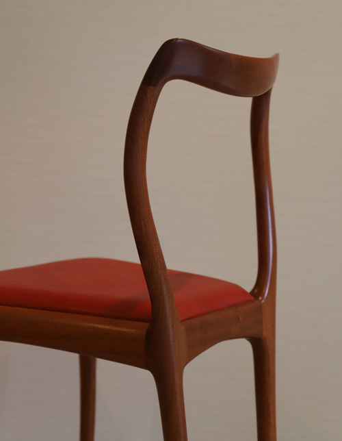 bud chair (1).jpg