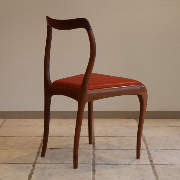 bud chair (7).jpg