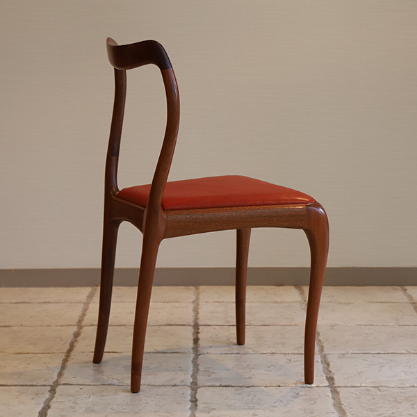 bud chair (8).jpg